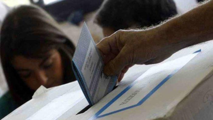 Elezioni amministrative, il risultato in tutti i comuni al voto tra sorprese e conferme