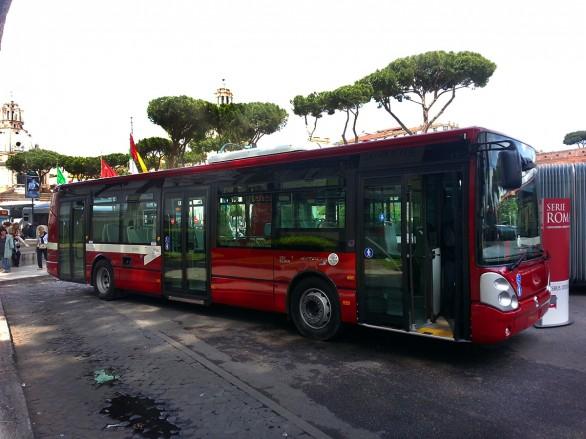 Atac, al via quattro nuove linee bus attrezzate con pedane per disabili