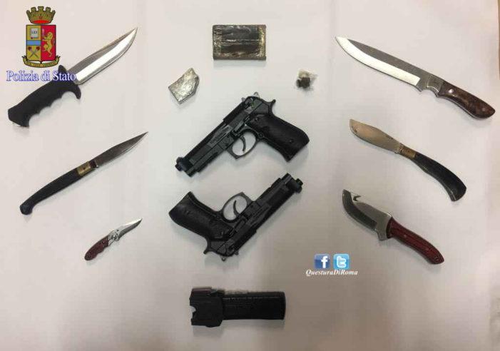 Ostia, nascondeva hashish e pistole in casa. Arrestato un trentottenne romano