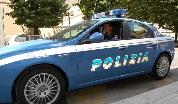 Blitz della polizia contro traffico e spaccio di droga: arrestati 13 richiedenti d'asilo, coinvolte donne incinte