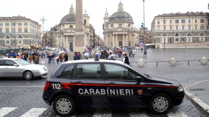 Roma, si finge cliente di un hotel e ruba un pc in una camera d'albergo. Arrestato 31enne romeno