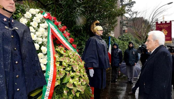 Anniversario del rapimento di Aldo Moro, in via Fani l'omaggio del presidente Mattarella