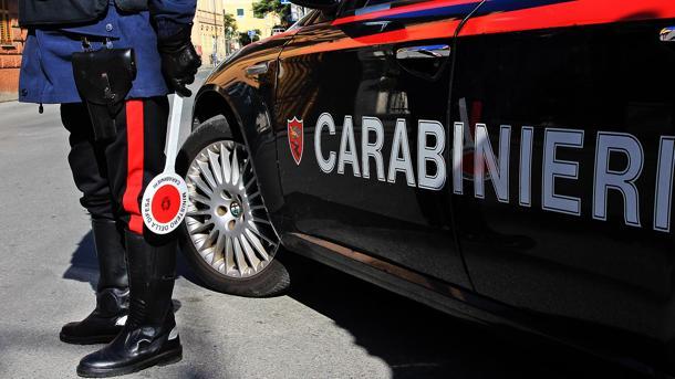 Controlli straordinari nel quartiere di San Basilio, 5 arresti e 3 denunce. Sequestrate oltre 100 dosi di droga