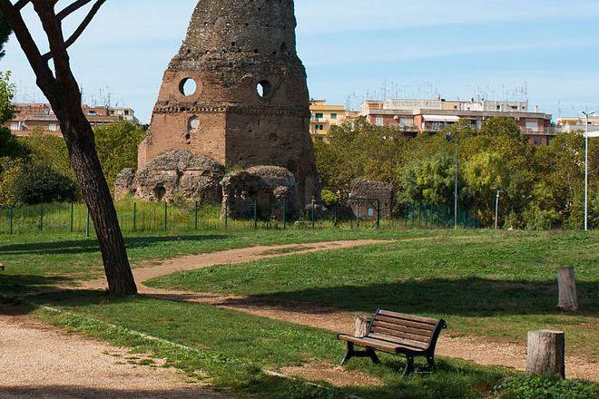 Decoro, prosegue restyling della panchine romane: 150 i sedili riparati. Raggi: obiettivo la cura dei beni comuni