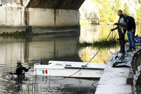 Rimossi tre relitti lungo il fiume Tevere, in corso l'appalto per la rimozione anche nel comune di Fiumicino