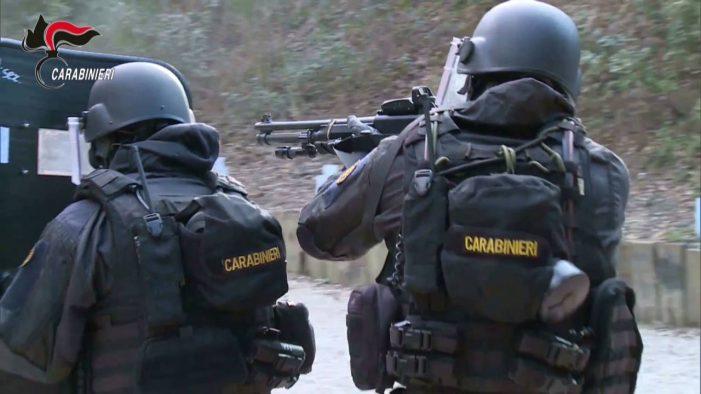 Emesso nuovo francobollo gruppo intervento speciale arma carabinieri, ecco tutte le informazioni