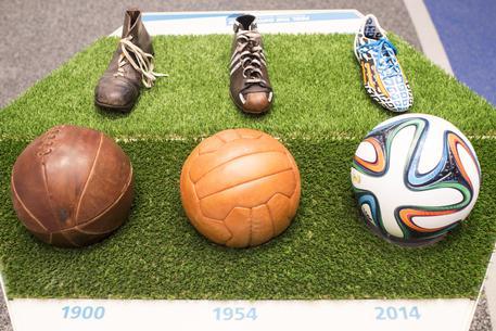 'The Fans', la capitale ha un Museo del pallone In via Merulana. Tanti cimeli e perfino un 'cuoio' del 1872