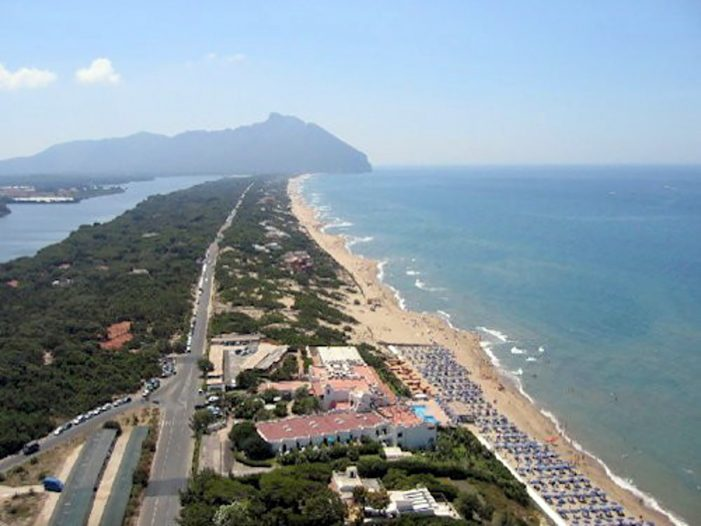 Difesa della costa, avviato il tavolo tecnico: siglato protocollo d'intesa con i comuni di Latina e Sabaudia